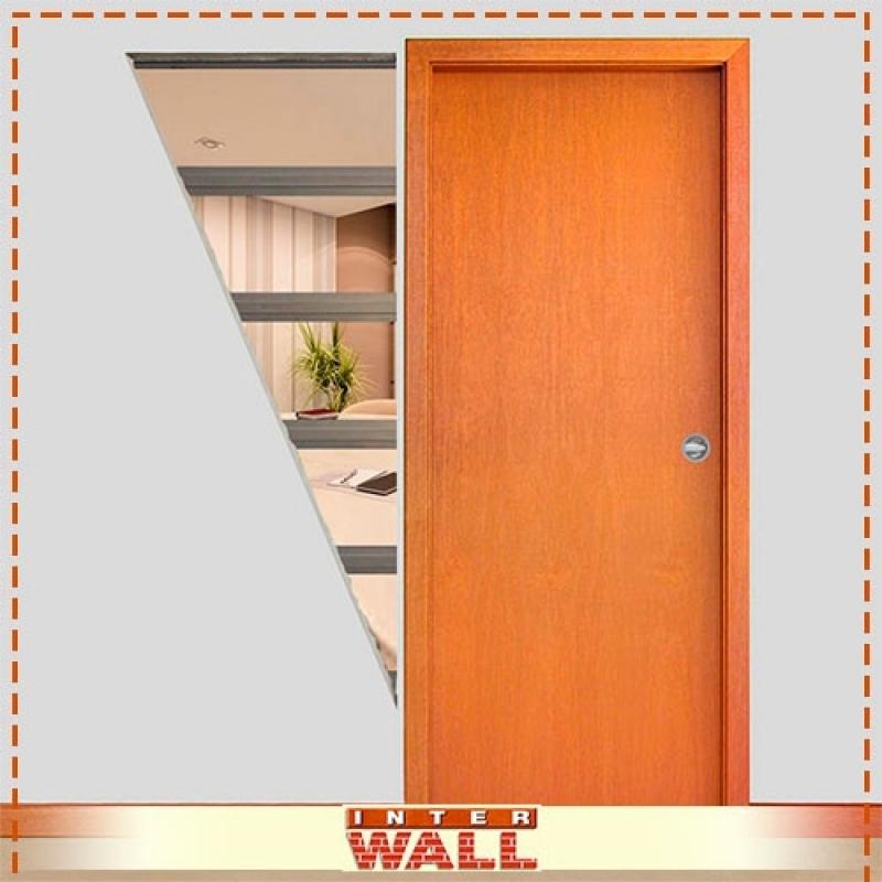 Portas em Madeira para Sala e Cozinha Caraguatatuba - Porta em Madeira para Interior