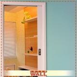 onde tem porta de correr em madeira para quarto pequeno Suzano