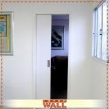 porta de correr de madeira para banheiro valor Ilha Comprida