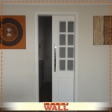 porta de correr em madeira área externa preço Piracicaba