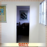 porta de correr em madeira para corredor preço Franco da Rocha