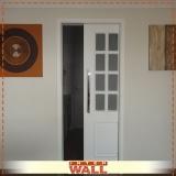 porta de correr em madeira para entrada Jandira