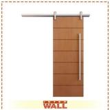 porta de correr em madeira para quarto pequeno